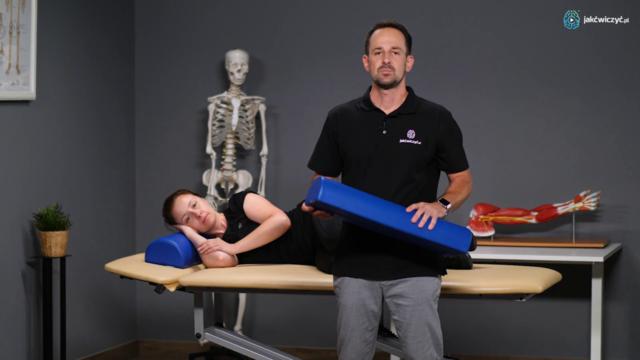 Przykłady ćwiczeń ręki spastycznej w pozycji leżącej