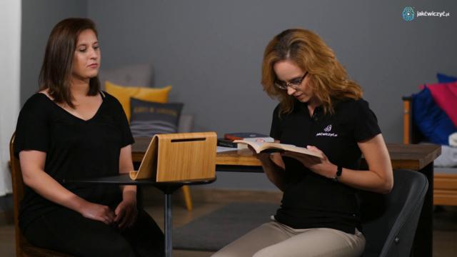 Wskazówka 1 - Jak czytać i jednocześnie ćwiczyć? Podstawka do czytania.