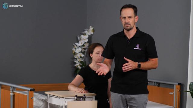 Jak chronić rękę niedowładną podczas wstawania?